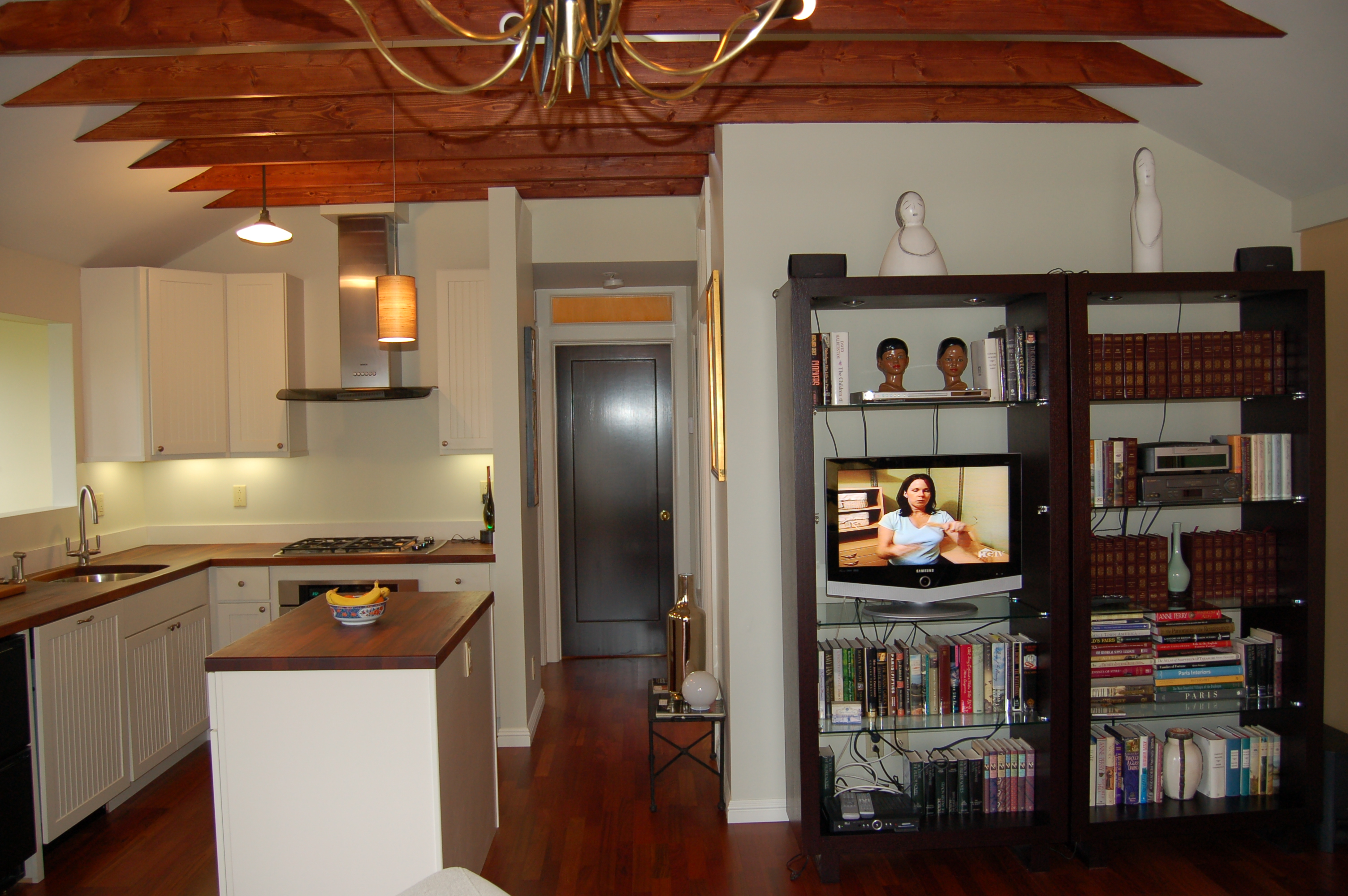 Rta kitchen cabinets master catalog for recent brazilian for Brazilian cherry kitchen cabinets
