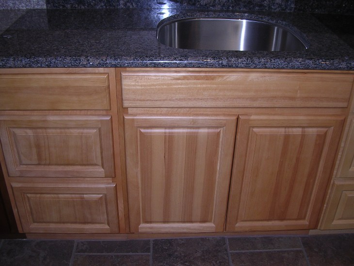 Rta cabinet broker 5b china oak cathedral arched doors for Arched kitchen cabinets
