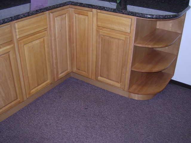 Rta cabinet broker 5b china oak cathedral arched doors for Cathedral arch kitchen cabinets