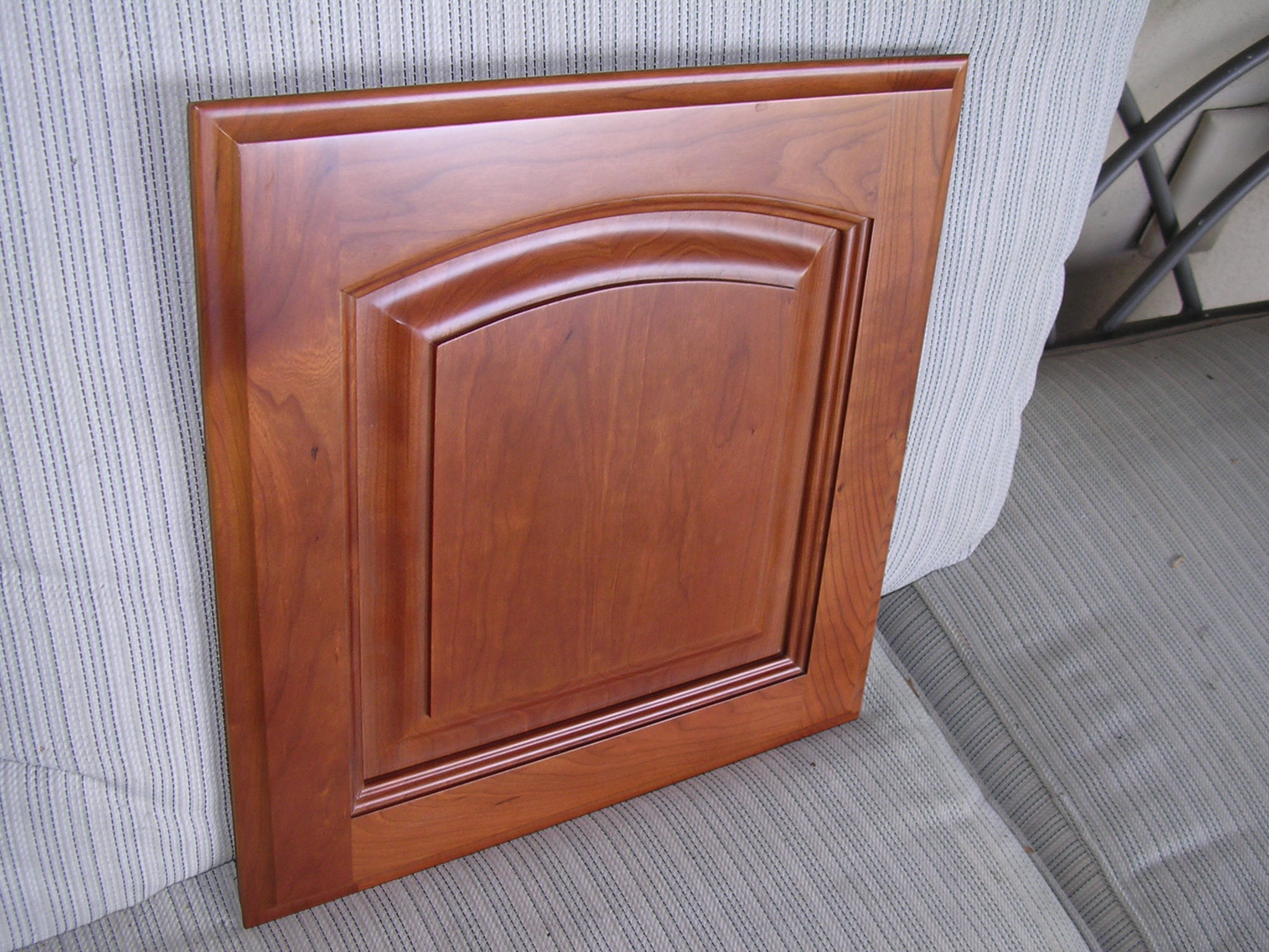 Rta Cabinet Broker 5c Natural American Cherry Arched