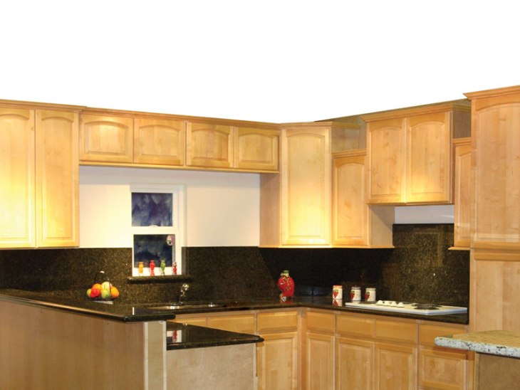 5e natural maple arched door kitchen cabinets photo album mn for Arch kitchen cabinets