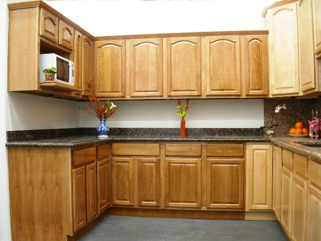 arched oak kitchen cabinets habitat for humanity kitchen