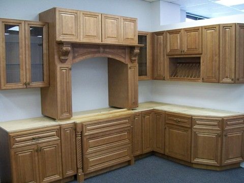 Click on photos for a larger high res image. RTA Cabinet Broker   2W Cinnamon Maple Glazed CO66 Kitchen Cabinets