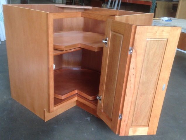 Rta cabinet broker 1a north american cherry shaker for Best american made kitchen cabinets