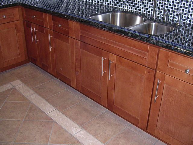 Rta Cabinet Broker 1d Spice Maple Shaker Kitchen Cabinets